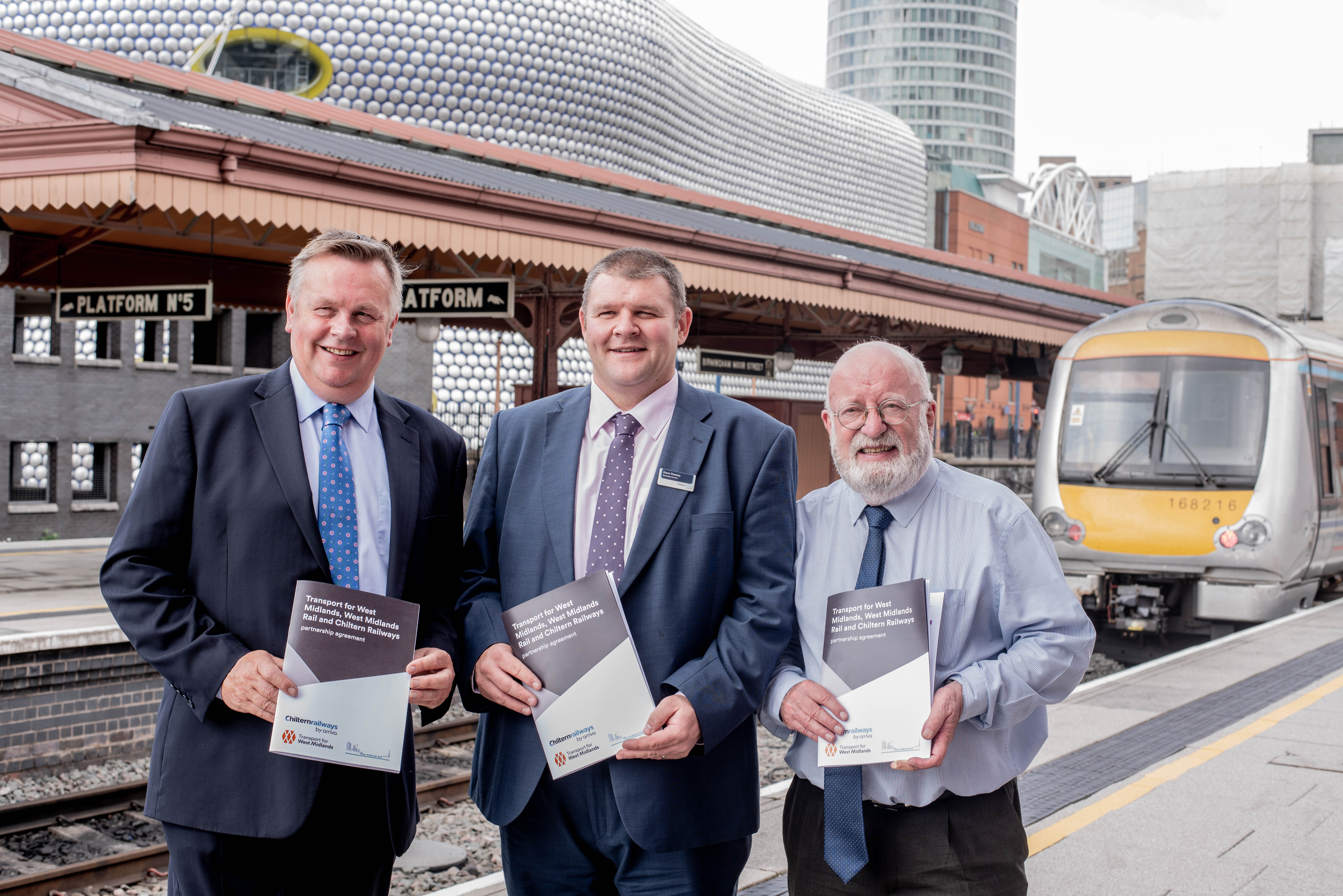 Benefits for passengers the target through Chiltern Railways, TfWM and West Midlands Rail renewed partnership deal