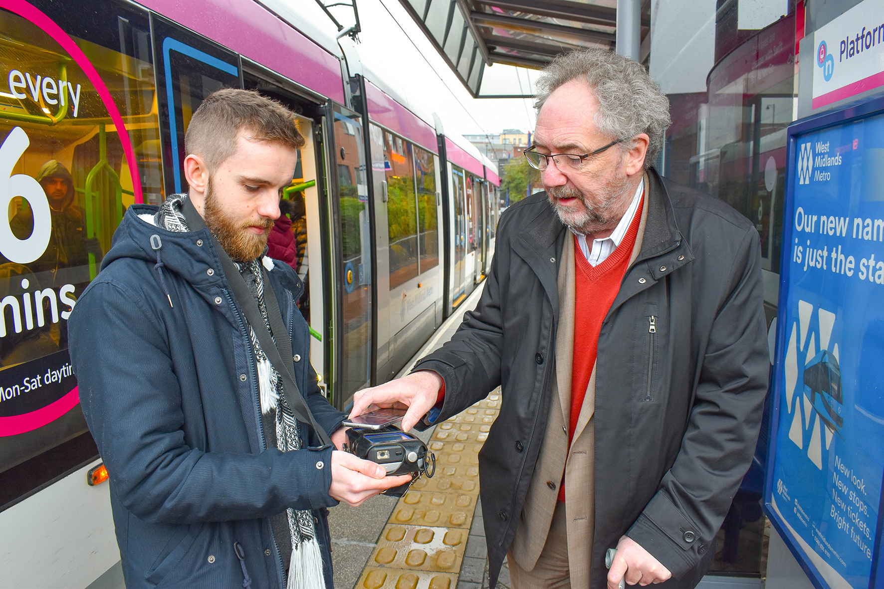 West Midlands Metro tap and go mobile ticketing launches with discount offer